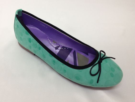 Cool green leather flat shoes with super comfortable padded insole and scattered dot pattern. Now available at www.shoefun.com.au