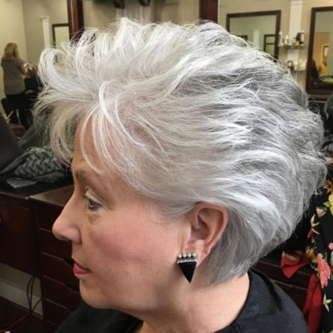Short gray hairstyles like a chic bob are in vogue and well known whether you are youthful or more than 57 and have normally gray hair. #hair #hairstyle #beauty #hairstyles #haircut