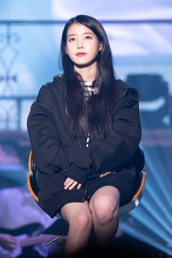 Iu 2018 Iu Fashion Kpop Fashion Fashion