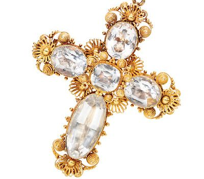 Georgian Aquamarine Cannetille Cross - Brooch/Pendant Cross of 15K Yellow gold in typical of the period Cannetille craftmanship. Five large faceted oval and cushion cut natural aquamarines, foil and closed backed.  circa 1820. The Three Graces