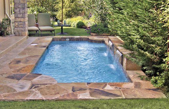 http://bluehaven.com/wp-content/gallery/romangrecian-pools/Roman%20Grecian%20Pool-180-BHPS.jpg