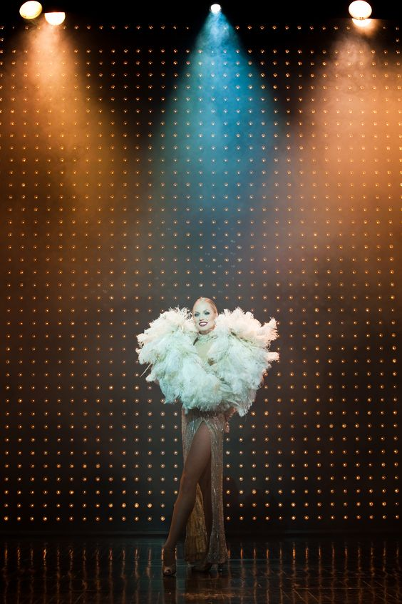Lido de Paris - Carien Keiser This is also fabulous. I have found my new performance style mentor . . .