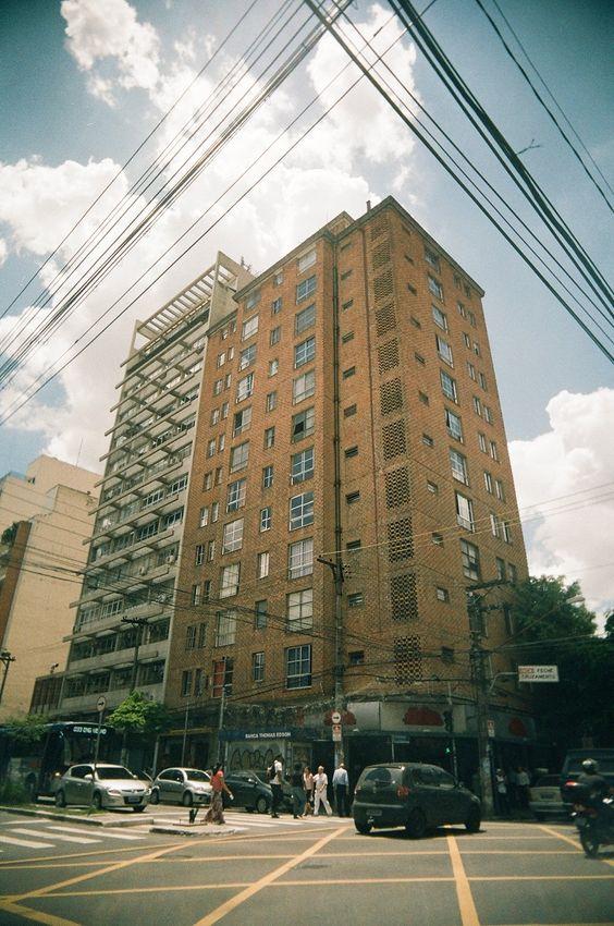 pedroso de moraes x teodoro sampaio, são paulo, 2014. photo by Priscila Menegasso
