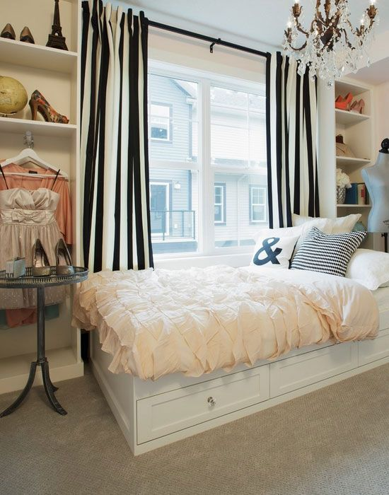 Paris themed room 25 bedroom decorating ideas for teen for Bedroom designs for young ladies