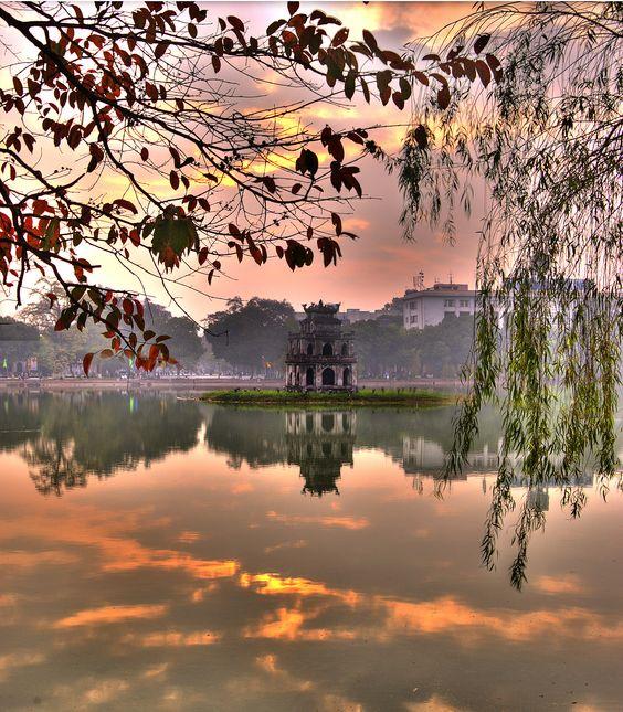 Hoan Kiem Lake with trees