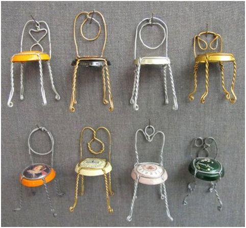 Con el alambre de las botellas de cava harán estas sillas ...