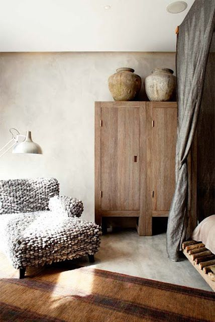 ✕ Raw mood… lovely space / #space #interior #wood
