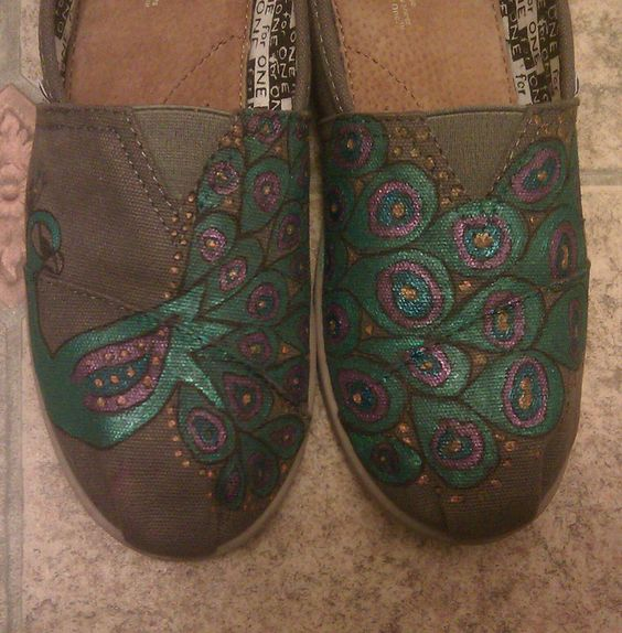my peacock toms