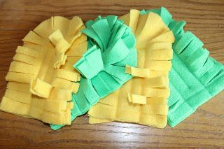 Directions to make your own swiffer dusters. I have a ton of fleece from the scrap bin at the fabric store so I am making these!