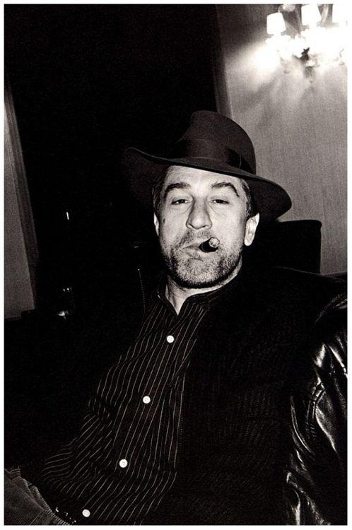 Robert De Niro & Cigars