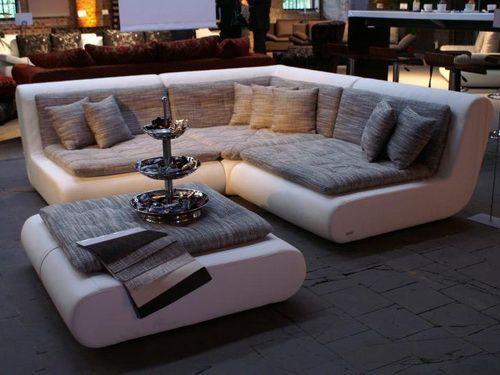 Seductive Curved Sofas For A Modern Living Room Design Living Room Design Modern Contemporary Sectional Sofa Luxury Sofa Design