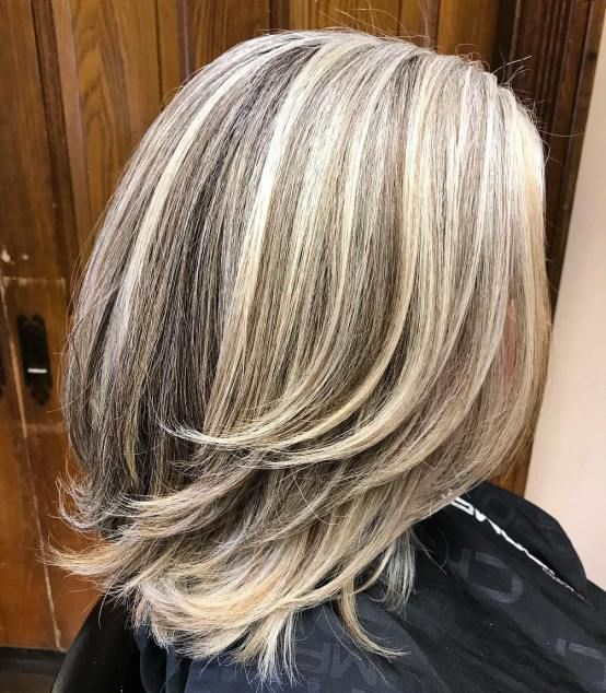 60 Wunderschone Graue Frisuren Neue Haarmodelle Graue Frisuren Mittellange Haare Mittellange Haare Frisuren Einfach