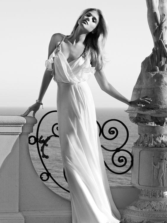 Calvin Clinemother Of Bride Dresses (Source: fashionbride.files.wordpress.com)