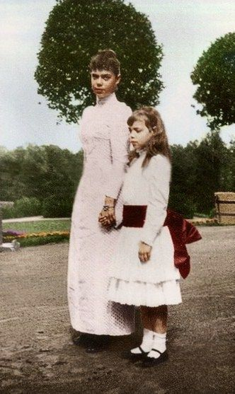 Grand Duchesses Xenia Alexandrovna (1875 – 1960) and Olga Alexandrovna (1882 – 1960), sisters of Emperor Nicholas II. Early 1890s. #Russian #history #Romanov