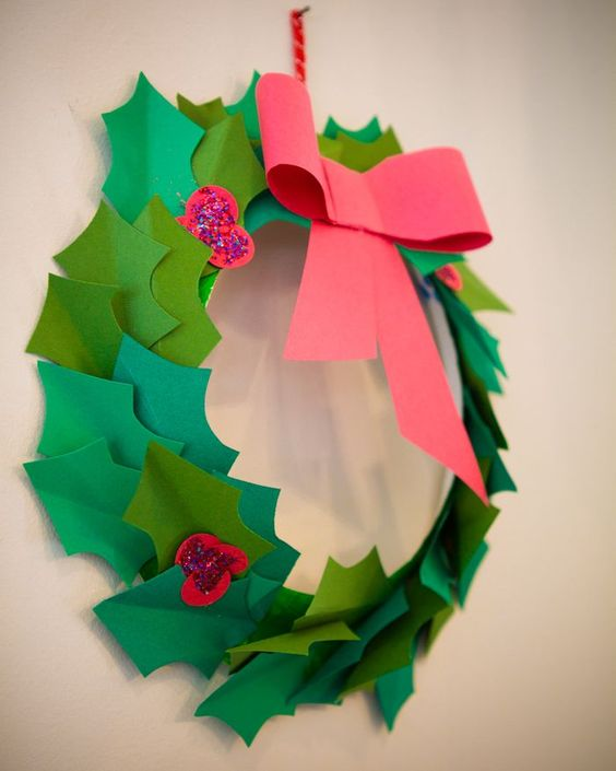 paper holly wreath {megduerksen.typepad-whatever}