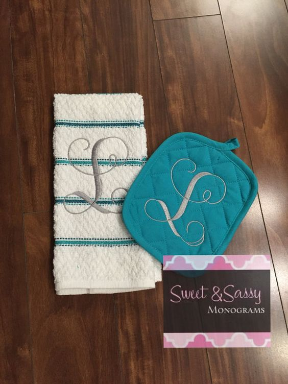 Monogrammed Kitchen Towel And Pot Holder Kitchen Decor Kitchen Towels Kitchen Towel Set