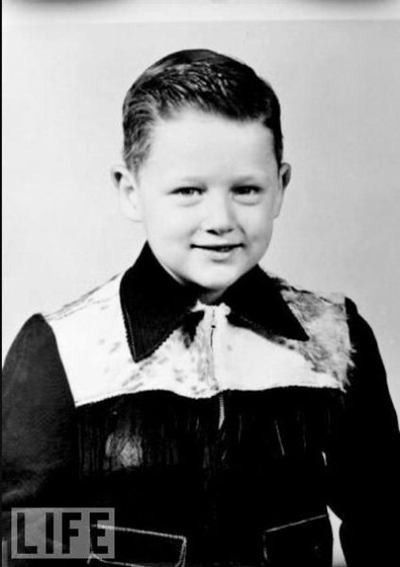 Bill Clinton as child. Why is the tiny President Clinton so adorable?
