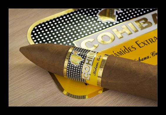 Cohiba pirámides extra #puros #habanos #tabaco #LaVega #cigar #rum #Sayulita #Mexico #Nayarit #lifestyle