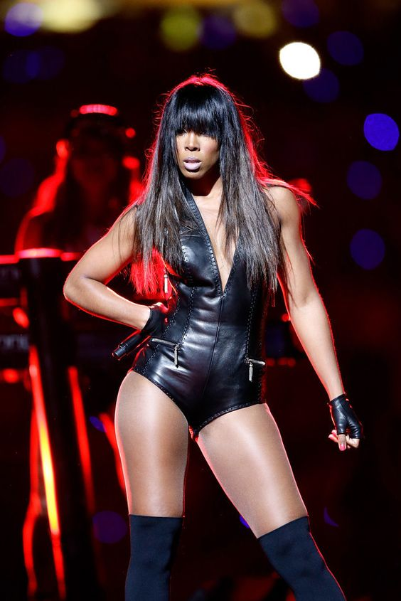 The time she performed alongside Beyoncé at the Super Bowl and served so. much. face. | 23 Times Kelly Rowland Was So Gorgeous It Almost Hurt