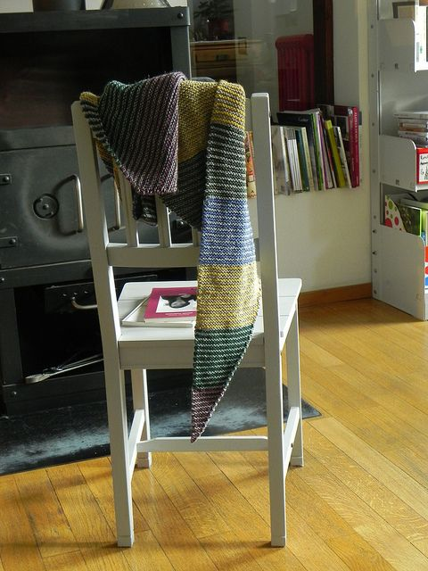 baktus scarf, pattern can be found here http://www.ravelry.com/patterns/library/baktus-scarf