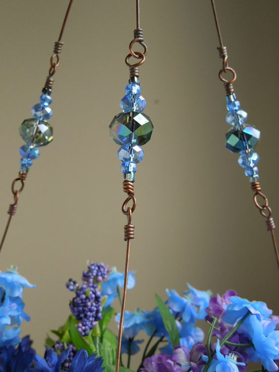Copper Wire Plant hanger With Glass Beads.....doing this!!