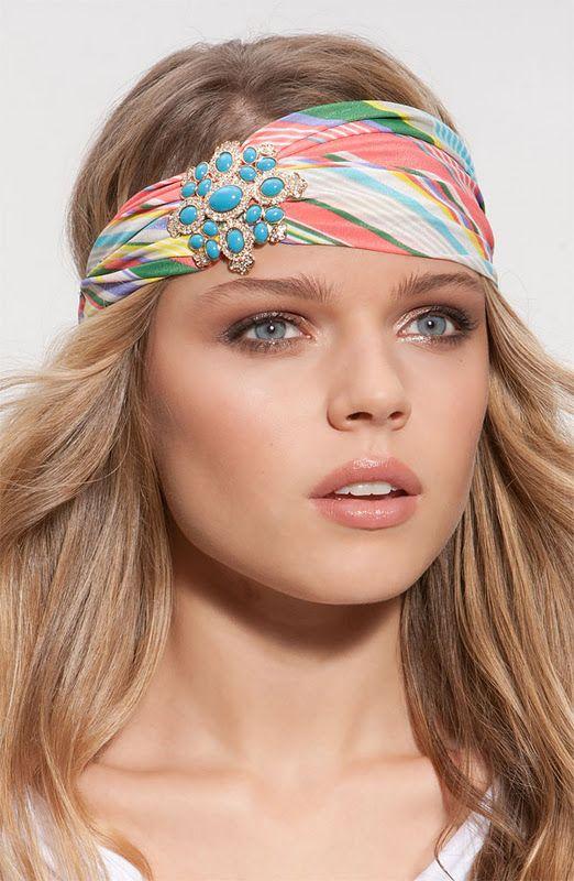 Pañuelos en la cabeza: El complemento estrella del verano: