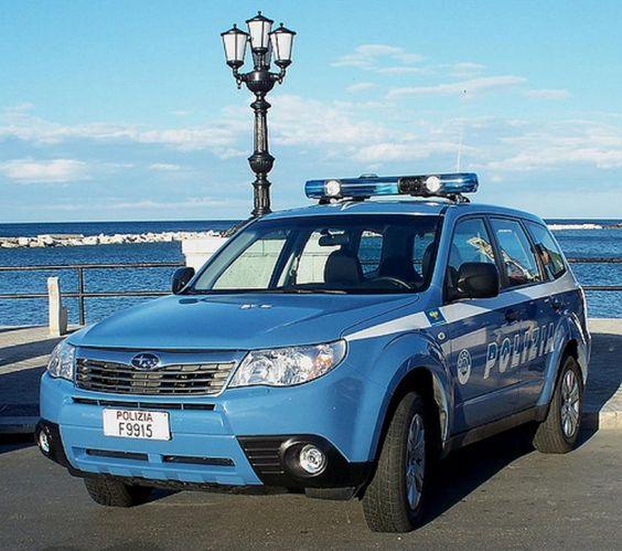 Subaru Forester Lüks Arabalar Polis Arabalar