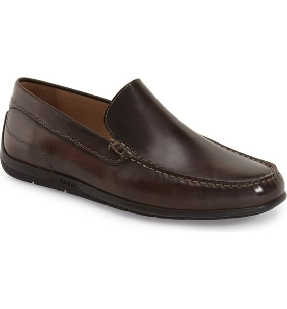 Free shipping and returns on ECCO 'Classic Moc II' Venetian Loafer (Men) at Nordstrom.com. Supple leather construction enriches a versatile loafer with casual charm.