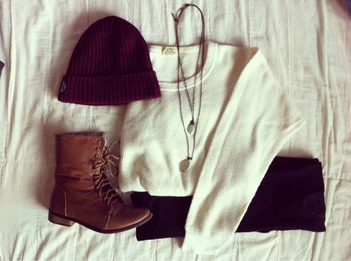 hat,boots,white sweater necklace