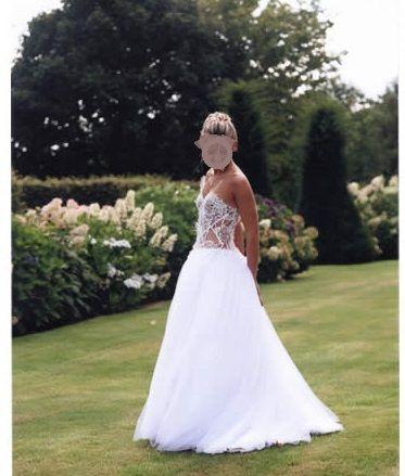 Robe de Mariée par ANNE MIGNOT, couturière boutique à BRICQUEBEC 50260 site: http://www.annemignot-peintures.com/
