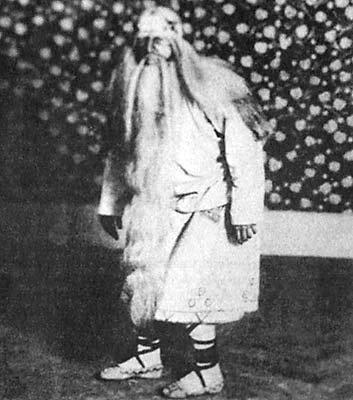 Le Sacre du Printemps - 1913 chorégraphie de Vaslav Nijinsky, musique d'Igor Stravinski, décors et costumes de Nicolas Roerich