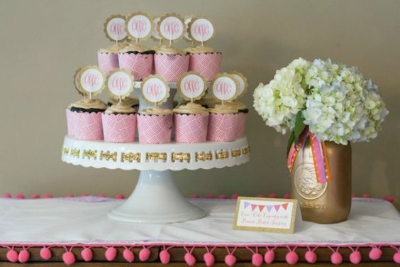 This glam baby shower features so many sweet, feminine details, including a headband-making party! #babyshower