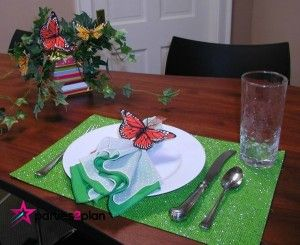Tablescape: Spring Tablesetting with Butterflies | Parties2Plan