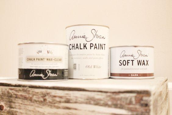 Annie Sloan chalk paint and wax #theburgnest #burgnestblog: