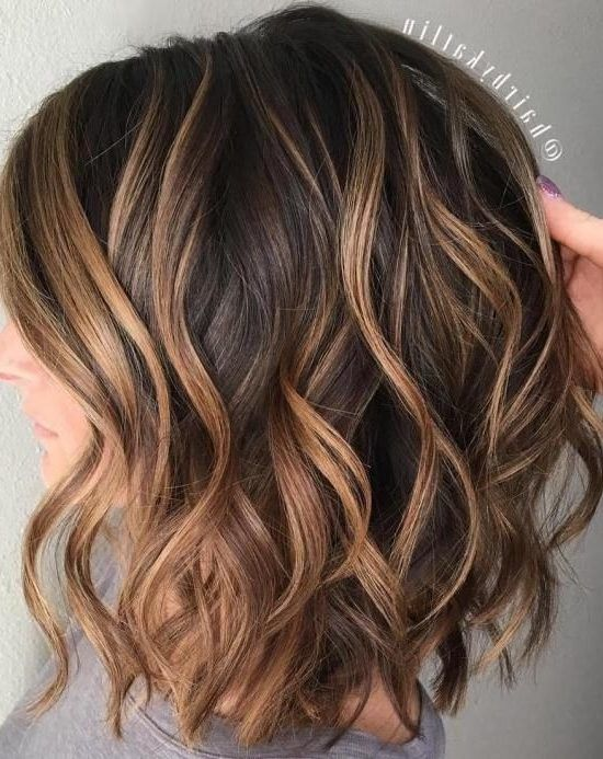 28 Incredible Examples Of Caramel Balayage On Short Dark Brown Hair Hair Styles In 2020 Highlights For Dark Brown Hair Brown Hair Balayage Medium Layered Haircuts