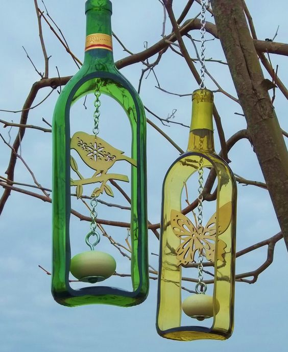 Wine Bottle Wind Chime with wooden knocker (Groovy Green Glass via Etsy).: