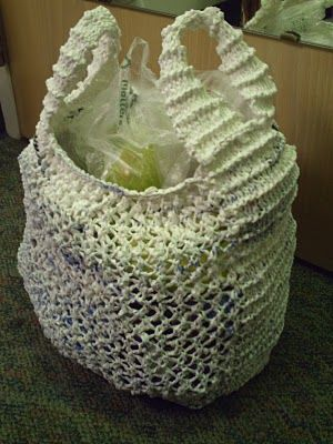 Free Knitting Pattern Grocery Bag : Garden of Forking Paths: Knit Plarn Grocery/Tote Bag Or if ...