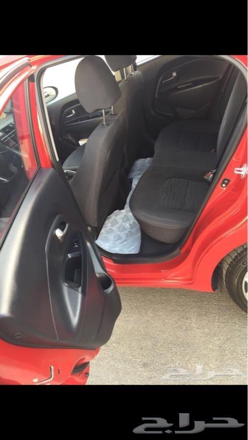 حراج السيارات سيارة كيا ريو هاتش باك 2014 Baby Car Seats Car Baby Car