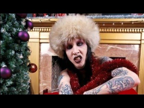 Marilyn Manson Sings All I Want For Christmas Is You By Mariah Carey In 2020 Marilyn Manson Mariah Carey Mariah Carey Christmas