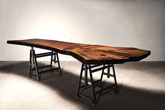 Baumtisch massivholzplatte naturholzplatte esstisch for Esstisch naturholzplatte
