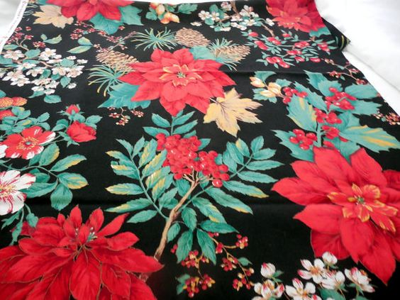Christmas Holly With Berries Cotton Fabric 44 X 1 by Dockb30Crafts