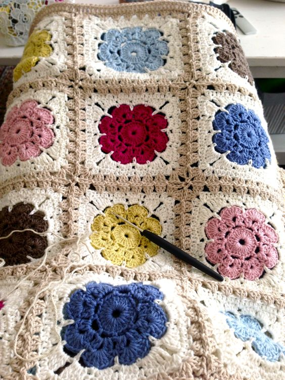 My Rose Valley: A Maybelle Blanket Update                              …