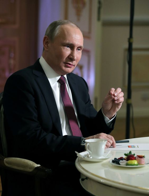 Liars Unite! Vladimir Putin Blames U.S. Election Interference On 'Jews,' Ukrainians | HuffPost