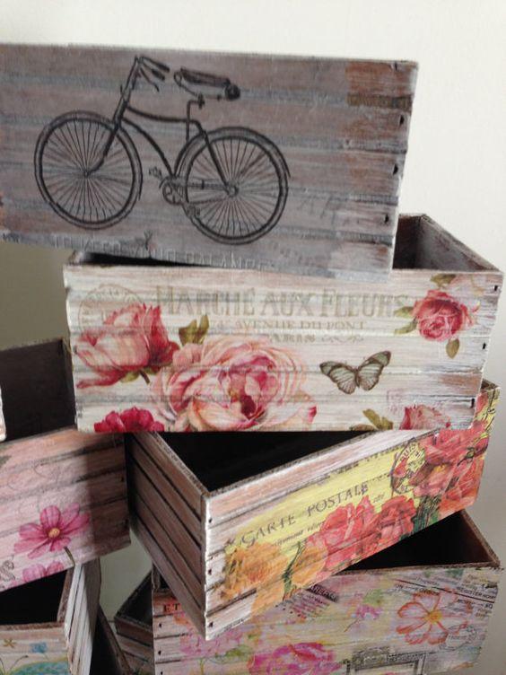 Caja multiusos de madera estilo vintage pintada y - Cajas de vino de madera decoradas ...