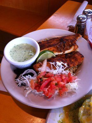Fish tacos sauce recipes and tacos on pinterest for Wahoo fish recipes