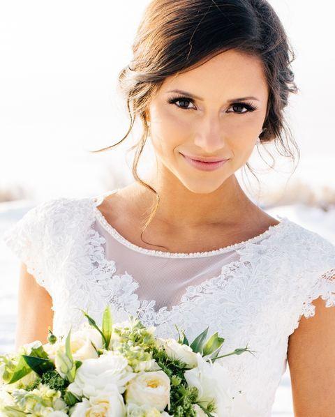 Red, blush, and gold romantic wedding inspiration | Wedding ...