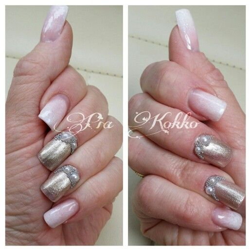 #mosaicnailsystems #babyboomer #champagne #snowwhite #violetveil #passionfornails #pearls