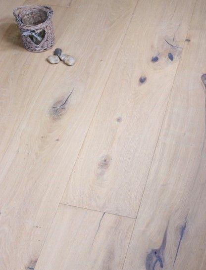 This Stunning Long Plank Oak Flooring Has A Beautiful White Oiled And Distressed Surface Displaying Flooring Engineered Wood Floors Oak Engineered Wood Floors