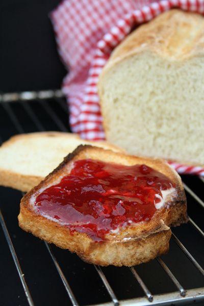 einfaches selbstgemachtes Toastbrot
