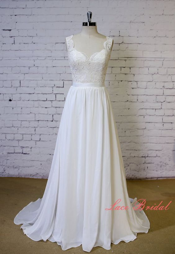 Exquisite Lace Wedding Dress V Shape Lace Neckline Wedding Gown Ivory A-line Bridal Gown Backless Chiffon Wedding Dress with Chapel Train  1.As